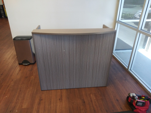 "48""Lx26""Dx41""H Reception Desk With Rounded Transaction Top (no drawers)"