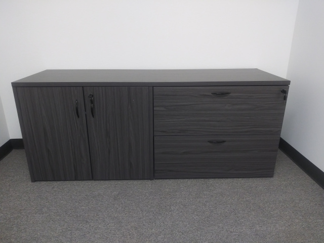 "72""Lx22""Dx30""H Storage Unit 2 Door / Lateral File 2 Drawer Combo With Common Top"
