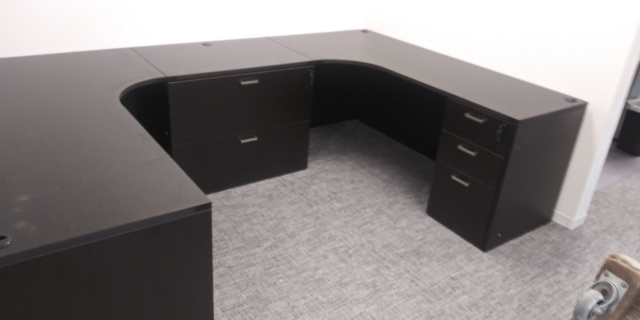 "66""x108"" U Shape Bull-Pen With 3 Drawer File Units and Lateral File ($537 With No Filling)"