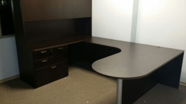 "72""x102"" Curved Bullet U Desk With Combo Lateral File"