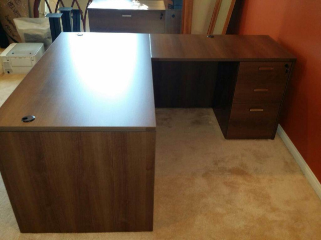 "66""x72"" Straight Front L Desk With 3 Drawer File Unit"