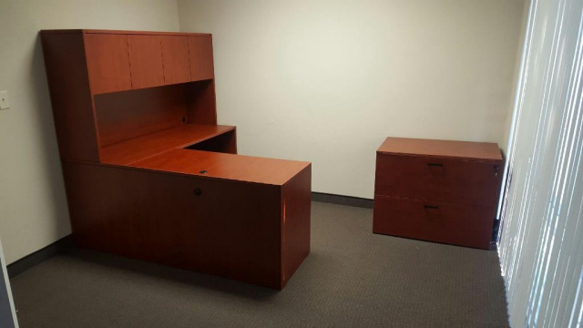 "66""x78"" L Desk With Hutch & Side Optional 36"" Lateral File"