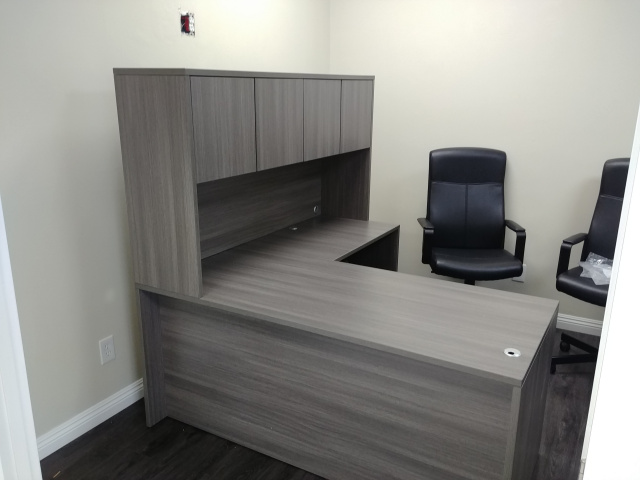 "66""x66"" L Desk With Hutch (no drawers) (Optional Keyboard Tray)"