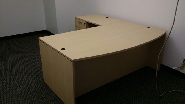 "72""x78"" Bow Front L Desk With 3 Drawer File Unit"