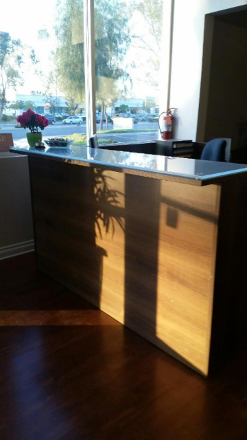 "72""x72"" Reception L Shape With Glass Transaction Top (no drawers)"