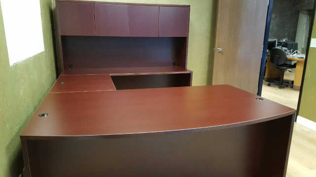 "72""x108"" Bow Front U Desk Unit (no drawers)"