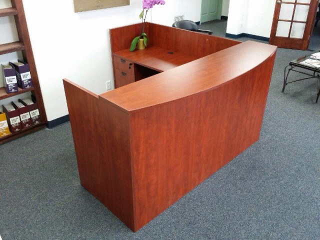 "72""x72"" Reception L Shape With Rounded Top With 2 Hanging File Units"