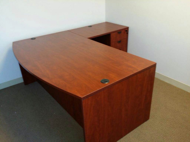 "71""x78"" Bow Front L Desk With 3 Drawer File Unit"